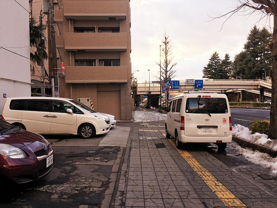 伊達バイク-ローソン仙台広瀬通店2