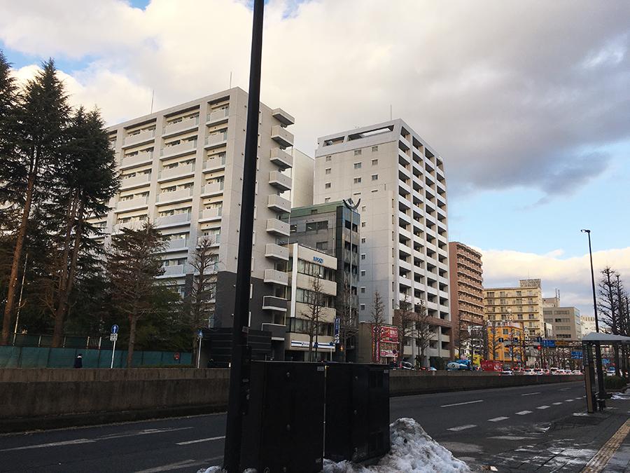伊達バイク-ローソン仙台広瀬通店3