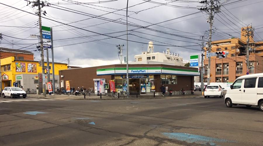 伊達バイク-ファミリーマート宮町四丁目店1