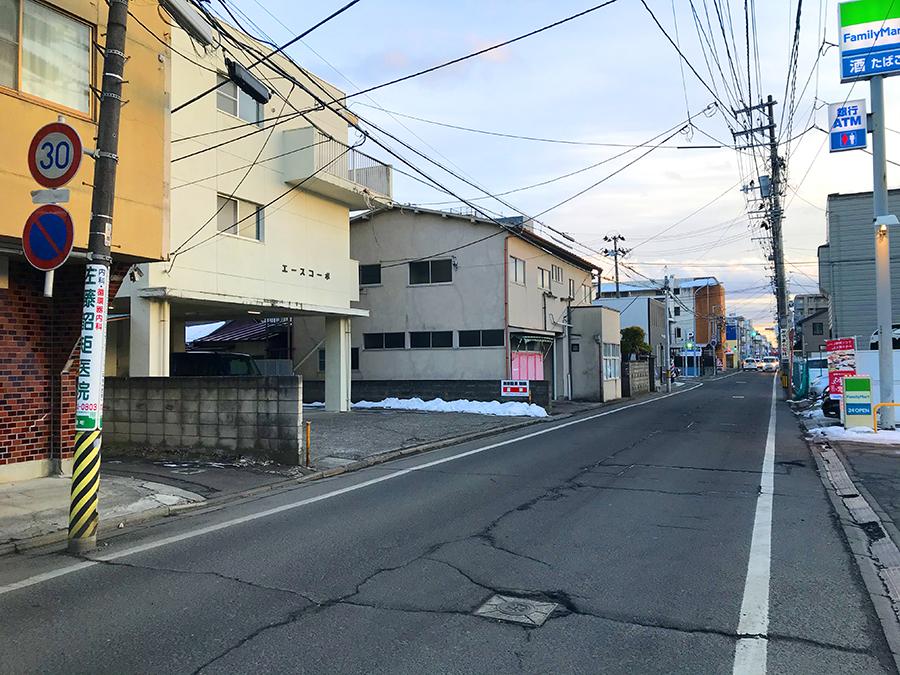 伊達バイク-ファミリーマート青葉神社通2